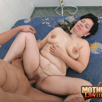 Boy mom porno threesome foursome famly porno